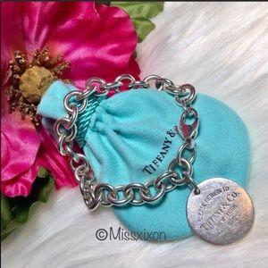 ❤️ Tiffany & Co. - Authentic Round Tag Bracelet